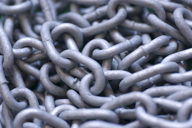 Metal_chains